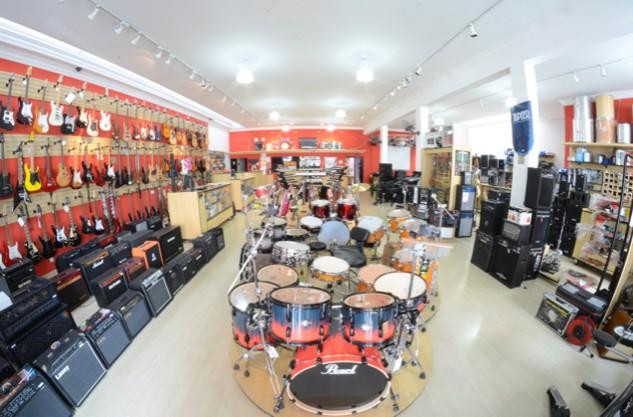 a empresa transa som instrumentos musicais salto sp loja