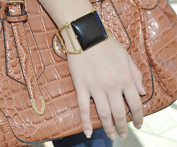 bracelete folheado de pedra preta